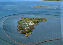 Deepwater Horizon oil spill (U.S. Navy)