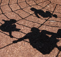 Children shadows (iStock)
