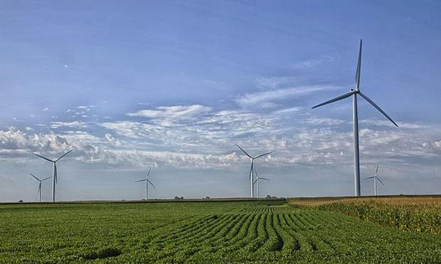 Missouri wind farm (Pixabay)