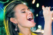 Singing woman (iStock)