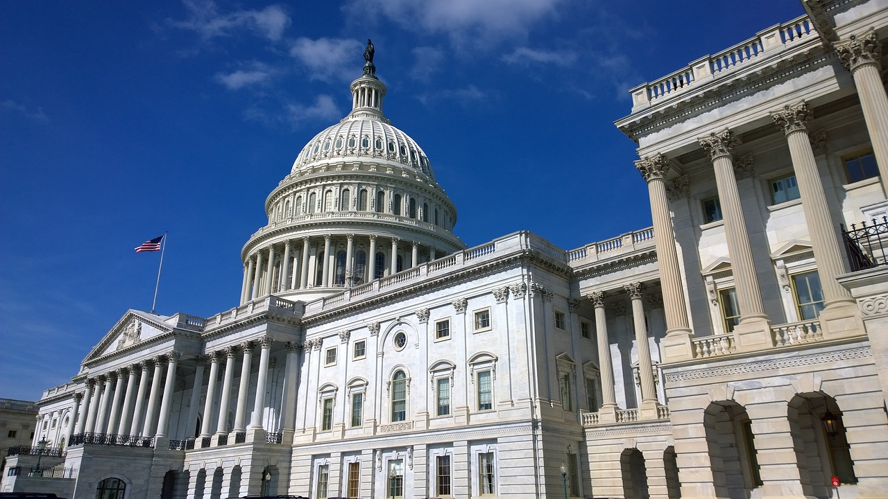 Reporting on lobbying: An introduction, tips and examples