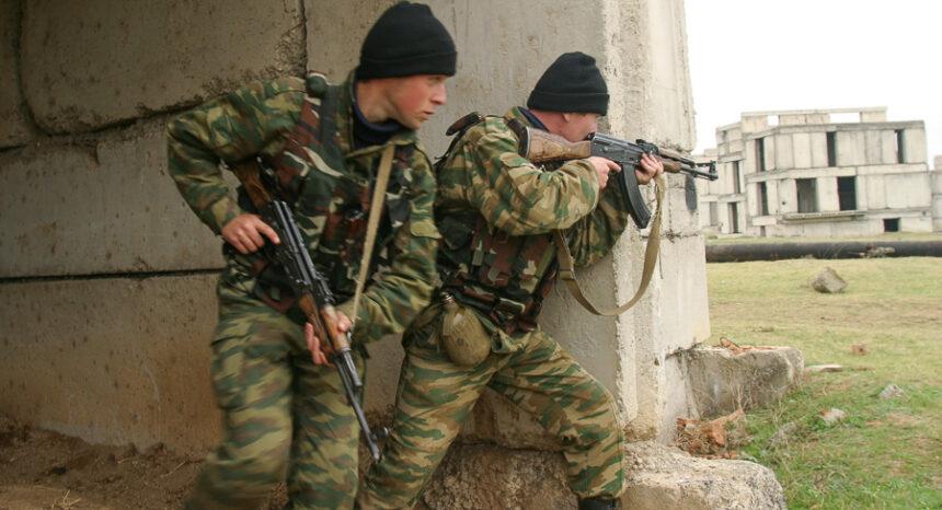 (U.S. Marines train Georgian soldiers outside Tbilisi. Photo: David Trilling)
