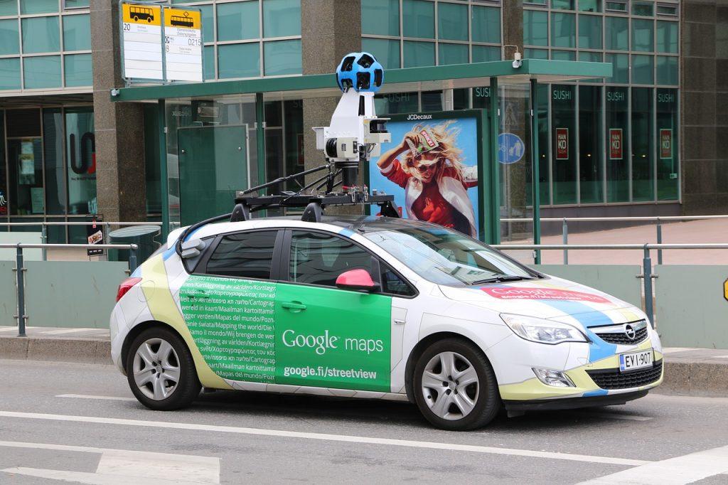Google maps car