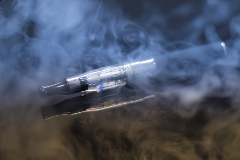 E-cigarettes aren't better at helping smokers quit than other strategies