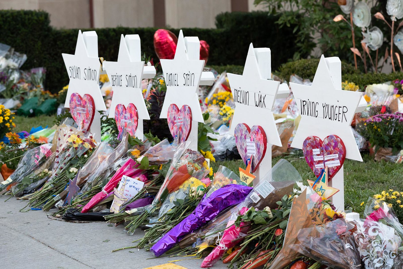 How journalists cover mass shootings: Research to consider