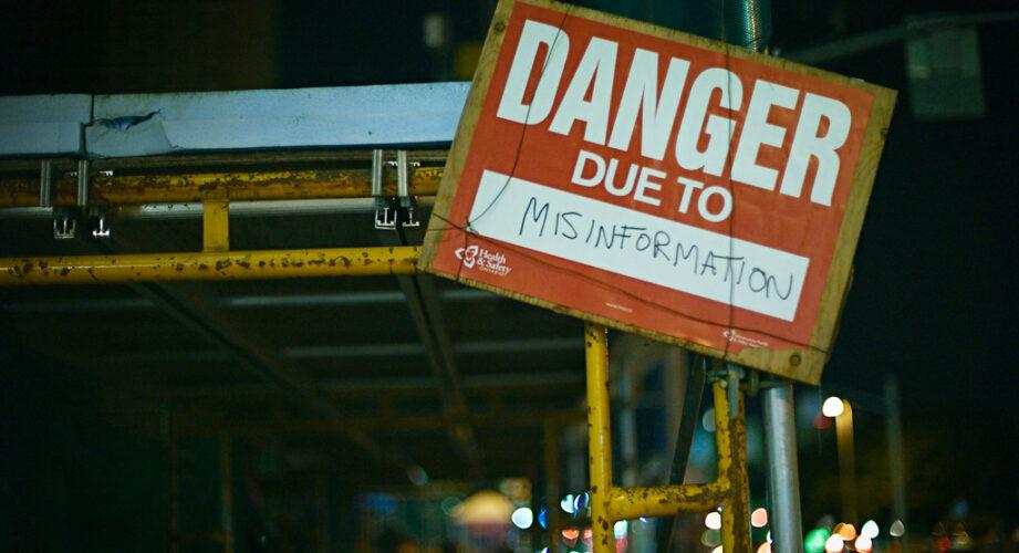 misinformation tips journalism Thomas Patterson