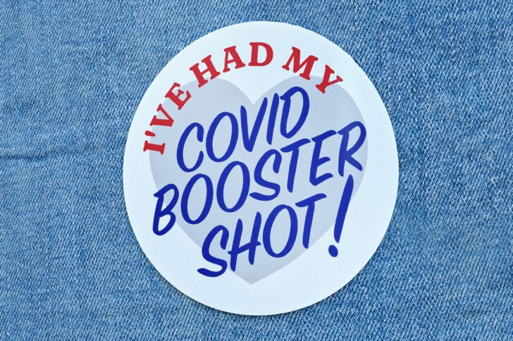 4 tips for covering COVID-19 vaccine boosters